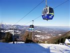 Enjoy a ride in the FCC gondola while skiing on Semmering!